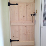 Beaded softwood T&G door